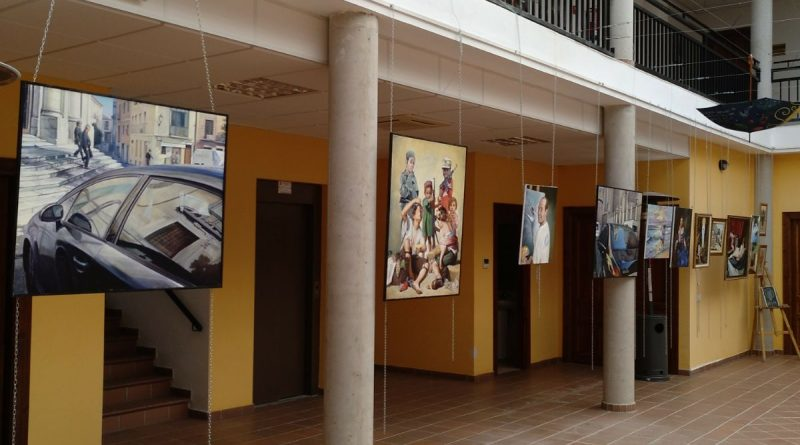 Exposicion pintura y dibujo Jesus Sandonis martin alumnos